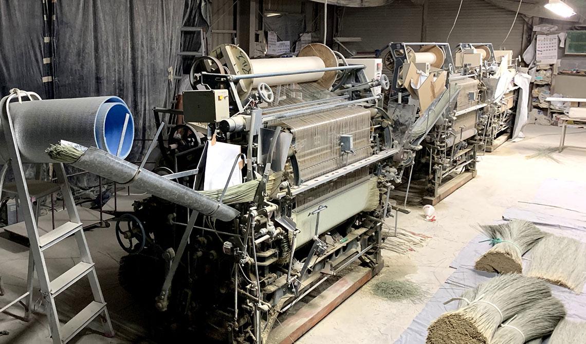 名品を作り出す畳表織機